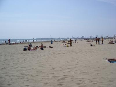 Il mare di valencia for Spiaggia malvarrosa valencia